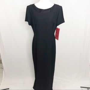 NEW Papell Boutique Evening Gown, Size 12, Black